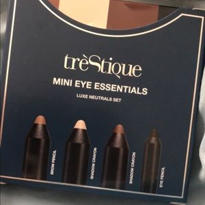 Trestique Eye 👁 Essentials 3/$25